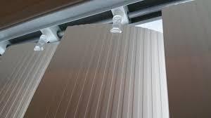 Fixing Vertical Blinds How To Replace A Vertical Blind Clip Home Improvement Stack
