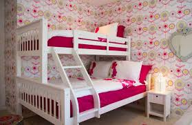wallpaper for house 20 beautiful exles of what happens when you utilize floral wallpaper