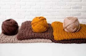 giant wool yarn for arm knitting oversized yarn mega bulky yarn