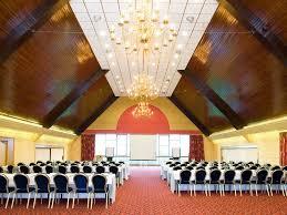cedar court hotel huddersfield halifax wedding venue west