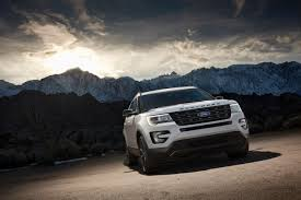 Ford Explorer Xlt - 2017 ford explorer xlt sport revealed ford authority