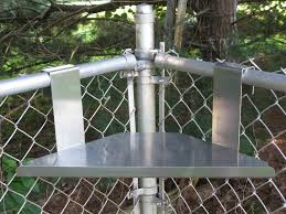 solar lights for chain link fence fence lights in chain link fence google search homeless shelving