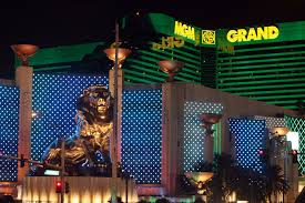 mgm woos millennials with cell phone gambling at 9 vegas properties