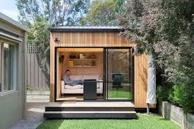 chalet bureau chalet de jardin habitable alternatives pour gagner surface