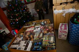 Barnes And Nobles Brooklyn Barnes U0026 Noble Donates To Toys For Tots To Make The Holidays