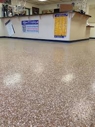 commercial floor retail 1 4 saddle flake blend medium