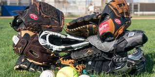 the best baseball and softball gloves wirecutter reviews a new