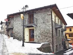 vecchio fienile apartment locazione turistica vecchio fienile aosta italy