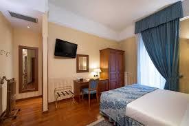 Family Room Lancaster Hotel - Hotel family room