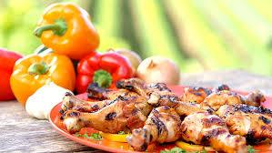 cuisiner un poulet nos meilleures recettes de poulet poitrine pilon cuisse de poulet