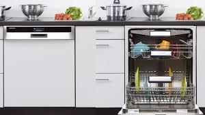 cuisine au lave vaisselle un lave vaisselle encastrable pour une cuisine aménagée j3m