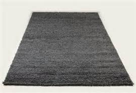 tapis shaggy ordinary chaise en plexiglas 11 tapis shaggy gris de salon