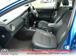 toyota ww used island blue toyota auris for sale buckinghamshire