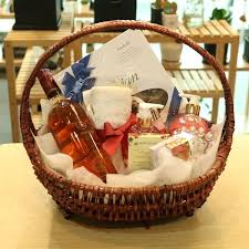 wine gift basket delivery flowers and wine gift baskets uk 1800 flowers wine gift baskets
