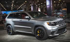 jeep grand cherokee gray 2018 jeep grand cherokee trackhawk pictures photo gallery car