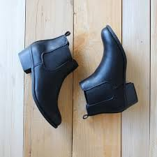 womens chelsea boots sale best 25 black leather chelsea boots ideas on black