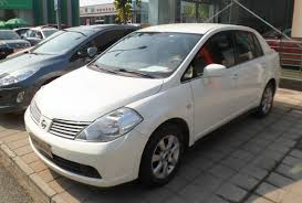 nissan tiida 2015 sedan file nissan tiida c11 sedan china 2012 08 09 jpg wikimedia commons