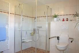 barrierefrei badezimmer barrierefreies badezimmer bäder senioren bad behinderte