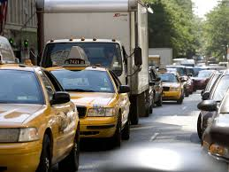 when should you leave to beat thanksgiving traffic in new york