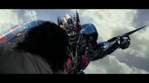 transformers the last knight optimus prime vs bumblebee choose