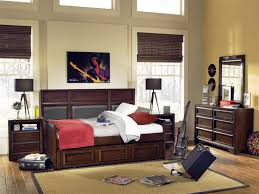 bedroom transom window and bedroom wall paint with daybeds with