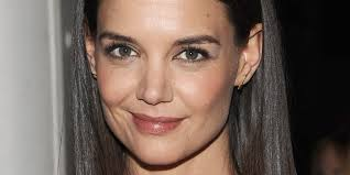 katie holmes brings back her bangs for stylish new u0027do huffpost