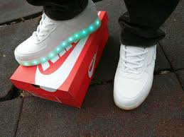 led lights shoes nike nike light up shoes black