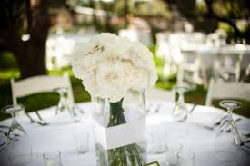 unique wedding ideas carnations wedding centerpieces
