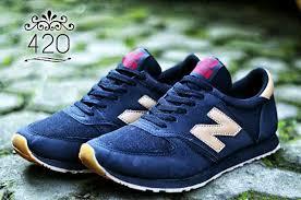 Harga Sepatu New Balance Original Murah sepatu new balance 373 black gold pesyen store