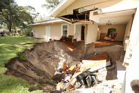 New York Sinkhole Map by Sinkhole In Apopka Florida Swallows Family U0027s Home Time Com