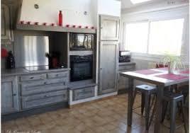 relooker une cuisine en chene relooker cuisine chene massif élégant étonné repeindre ses meubles
