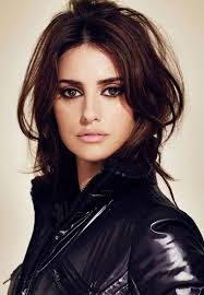 stylish daily haircut messy faux bob penélope cruz hairstyle