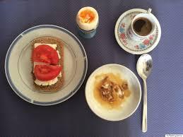 petit d駛euner au bureau photos le petit déjeuner dans le monde en 14 délicieuses é