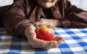 arthritis remedies 10 foods that help and hurt lifescript com