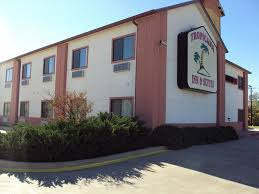 Hotels Near Dallas Love Field Tropicana Inn And Suites Magnuson Hotels