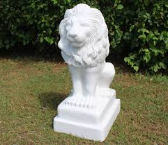 lion garden statue sitting lion marble statue gardensite co uk