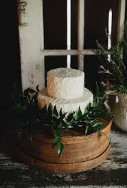 rustic wedding cake stands 36 rustic wedding cakes brides