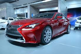 lexus paint colors lexus rc 350 shows its luminous paint in detroit