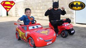toddler ride on car disney cars lightning mcqueen kids ride on epic race with batman