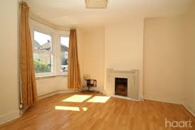 Laminate Flooring Langley 3 Bedroom Semi Detached House Elmhurst Road Langley 360 000