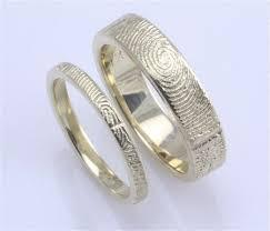 fingerprint wedding bands his and wedding bands with the others fingerprint not gonna