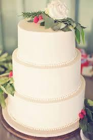 inexpensive wedding cakes best 25 budget wedding cakes ideas on budget wedding