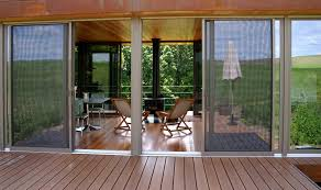 Modern Retro Home Design Architecture Modern Retro House Design Alongside Maple Wood