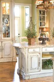 how to antique kitchen cabinets distressed kitchen cabinets faced