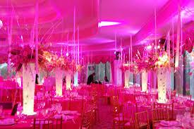 idee deco salle fushia anniversaire mariage fushia décoration