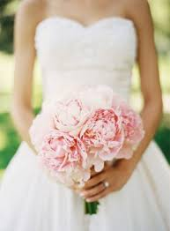 wedding flowers on a budget on a budget wedding frockage options for 200 or less