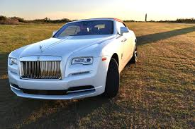 roll royce rolyce first drive rolls royce u0027s gorgeous 2017 dawn convertible