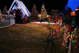 griffith park holiday light festival train here s the perfect weekend itinerary if you love seeing southern