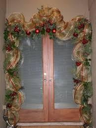 Christmas Window Ribbon Decorations by Best 25 Deco Mesh Garland Ideas On Pinterest Mesh Garland Fall