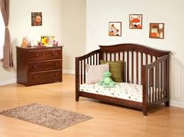 How To Convert Graco Crib To Toddler Bed Cribs That Convert To Toddler Beds Delta Crib Conversion Bed Graco